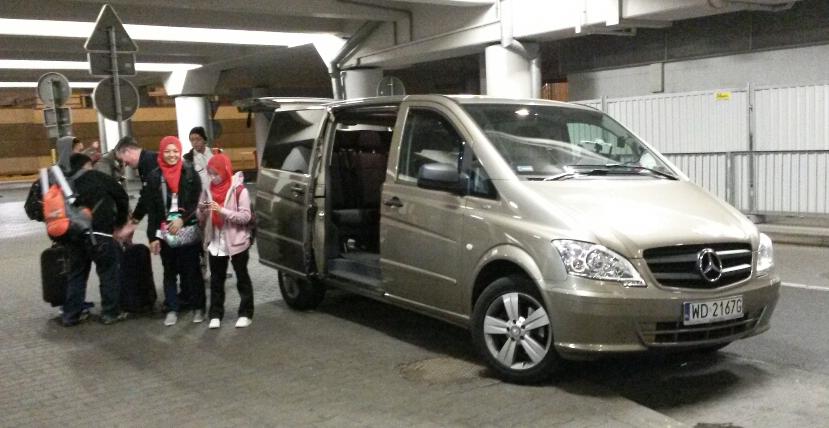 warsaw airport  Chauffeur